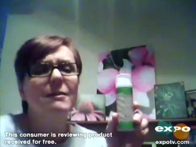 Garnier Ultra-Lift 2-In-1 Wrinkle Reducer Serum & Moisturizer - image 6 from the video