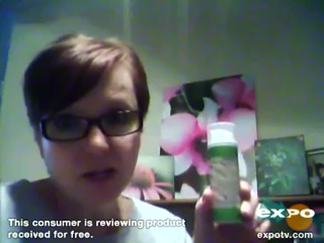 Garnier Ultra-Lift 2-In-1 Wrinkle Reducer Serum & Moisturizer - image 7 from the video