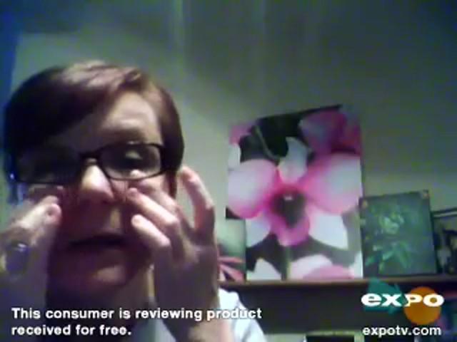 Garnier Ultra-Lift 2-In-1 Wrinkle Reducer Serum & Moisturizer - image 8 from the video