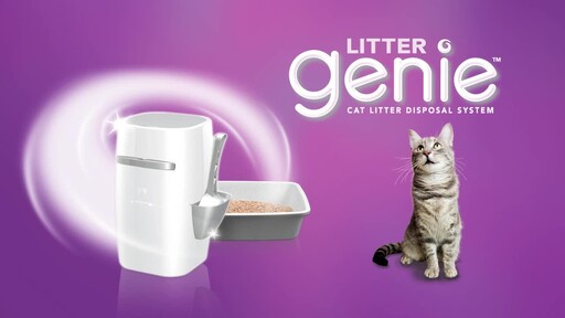 Litter Genie Plus Cat Litter Disposal System - image 10 from the video