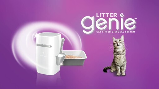 Litter Genie Plus Cat Litter Disposal System - image 9 from the video