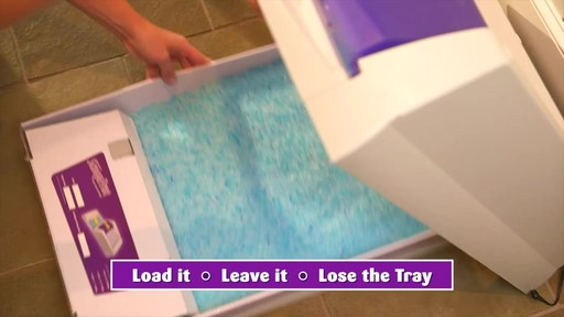 ScoopFree Self-Cleaning Litter Box - image 7 from the video