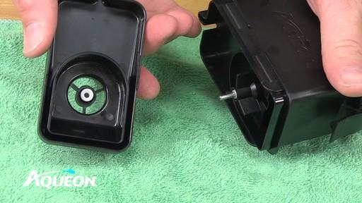 Aqueon QuietFlow Aquarium Power Filters - Maintenance - image 5 from the video