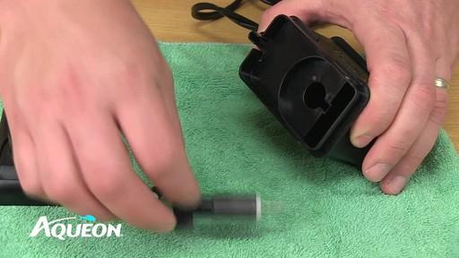 Aqueon QuietFlow Aquarium Power Filters - Maintenance - image 8 from the video