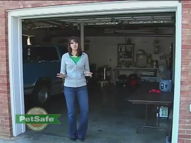 How-to Setup the PetSafe Wireless Fence - image 7 from the video