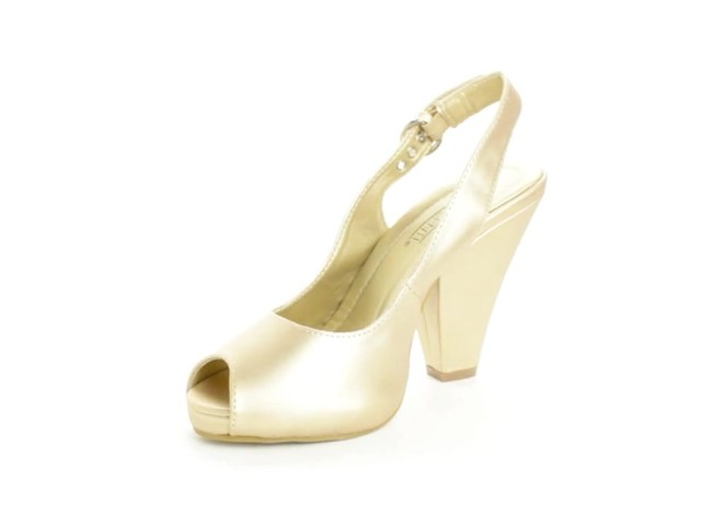 Cookie Slingback by Comfortview® - image 8 from the video