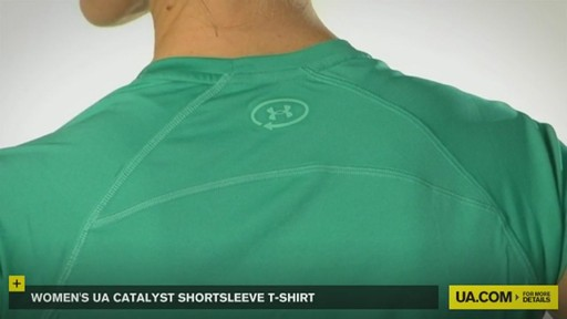 WOMEN'S UA CATALYST SHORTSLEEVE T-SHIRT - image 4 from the video