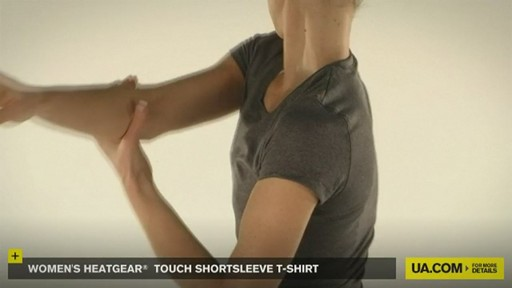 WOMEN'S HEATGEAR® TOUCH SHORTSLEEVE T-SHIRT - image 3 from the video