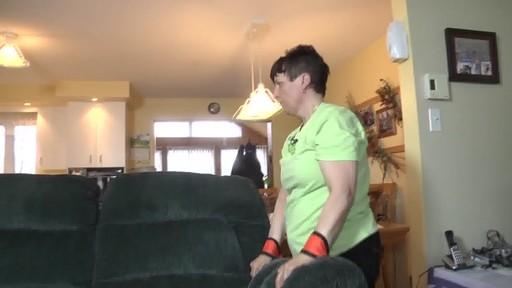 Sangles de levage Forearm Forklift – Témoignage de Carole - image 3 from the video