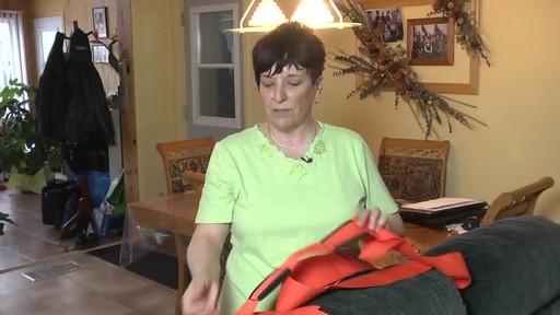 Sangles de levage Forearm Forklift – Témoignage de Carole - image 5 from the video