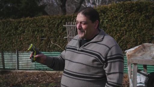 Pistolet d'arrosage en zinc à 8 réglages Yardworks – Témoignage de Ugo - image 4 from the video