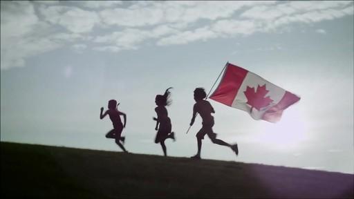 Nous jouons tous pour le Canada - image 10 from the video