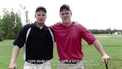 Un conseil d'ami  - Dan Watt (Nous jouons tous pour le Canada) - image 8 from the video