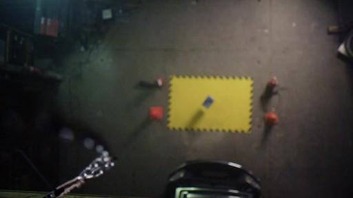 Zone de chute - Va-t-elle démarrer? - image 5 from the video
