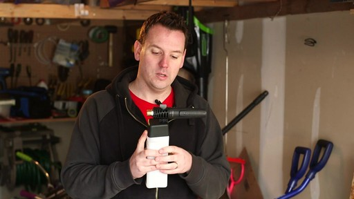 Trousse de pistolet à mousse Simoniz – Témoignage de Nathan - image 3 from the video