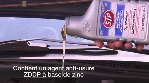 Traitement d'huile kilométrage élevé STP - image 4 from the video