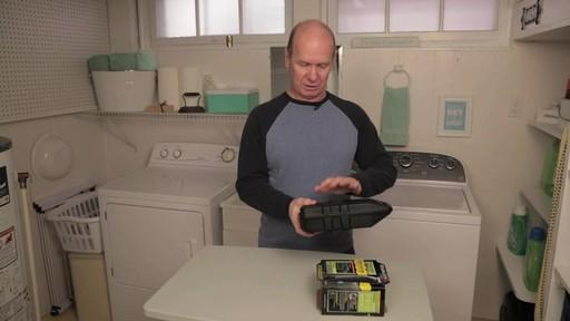 Tondeuse sans fil indestructible Remington- le témoignage de Steve - image 1 from the video
