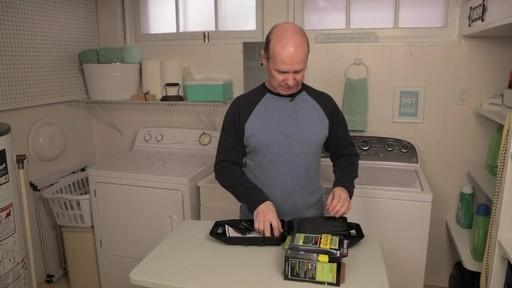 Tondeuse sans fil indestructible Remington- le témoignage de Steve - image 4 from the video