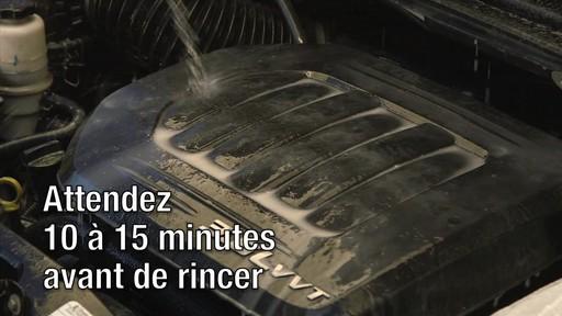 Gel nettoyant Gunk Engine Brite - image 7 from the video