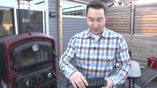 Four d'extérieur Cuisinart - Témoignage de Jonathan - image 5 from the video