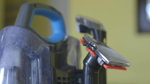 Aspirateur portable sans fil Bissell SpotClean-le témoignage de Greg - image 2 from the video