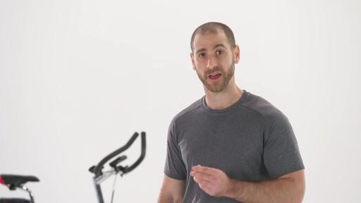 Manger santé - Conseils de mise en forme de Canadian Tire - image 2 from the video