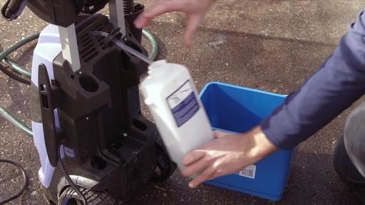 Pulvérisateurs électriques - image 8 from the video