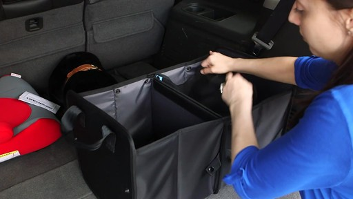 Range-tout pour coffre GloveBox - image 6 from the video