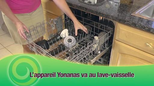 Machine à préparer des collations glacées Yonanas - image 10 from the video