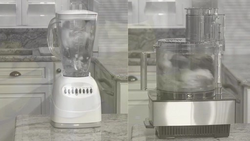 Machine à préparer des collations glacées Yonanas - image 6 from the video