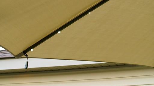 Parasol CANVAS Miramar déporté - image 3 from the video