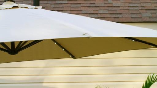 Parasol CANVAS Miramar déporté - image 7 from the video