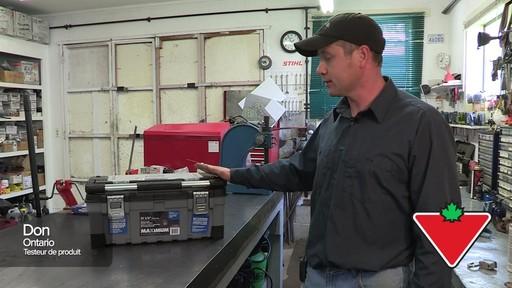 Coffre à outils robuste en plastique MAXIMUM – Témoignage de Don - image 1 from the video