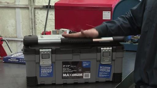 Coffre à outils robuste en plastique MAXIMUM – Témoignage de Don - image 7 from the video