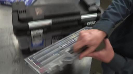 Coffre à outils robuste en plastique MAXIMUM – Témoignage de Don - image 8 from the video