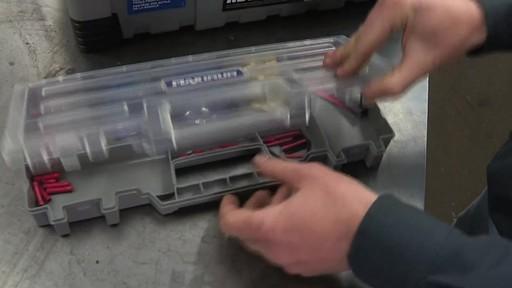Coffre à outils robuste en plastique MAXIMUM – Témoignage de Don - image 9 from the video