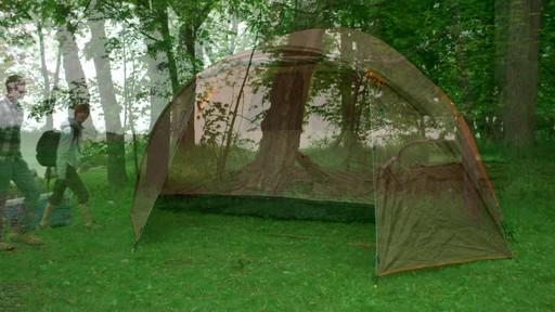 Ce que vous devez savoir Sur le montage d'une tente à mâts - image 1 from the video
