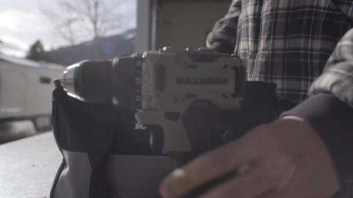Perceuse MAXIMUM à moteur sans balai de 20 V- le témoignage de Brandon - image 1 from the video