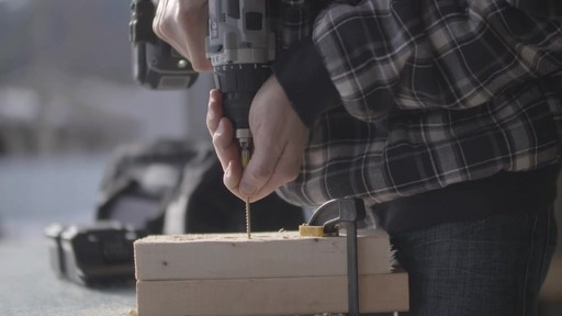 Perceuse MAXIMUM à moteur sans balai de 20 V- le témoignage de Brandon - image 4 from the video