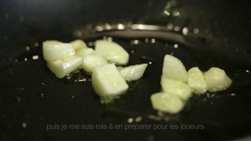 Pour alimenter la réflexion  - Don LaRosa (Nous jouons tous pour le Canada) - image 1 from the video