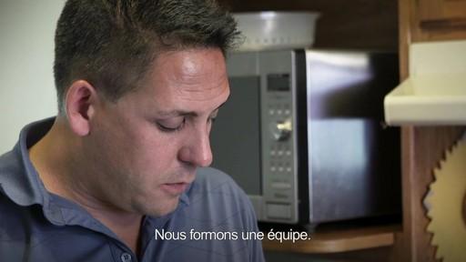 Pour alimenter la réflexion  - Don LaRosa (Nous jouons tous pour le Canada) - image 6 from the video