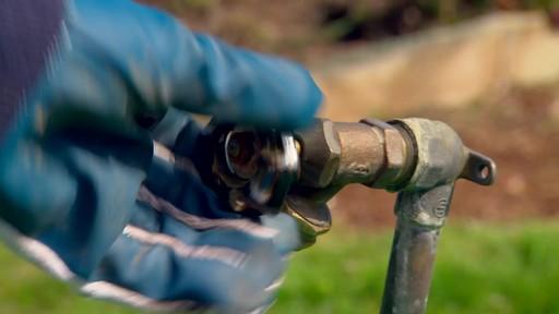 Conseils de jardinage – Conseils d'arrosage  - image 3 from the video