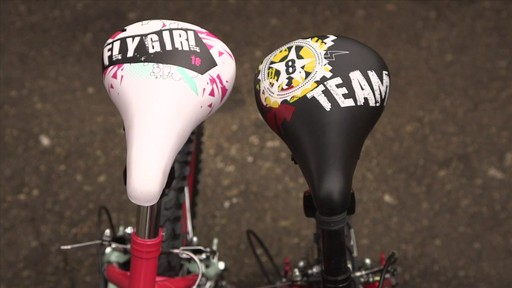 Supercycle Vélos Team 8 et Fly Girl - image 3 from the video