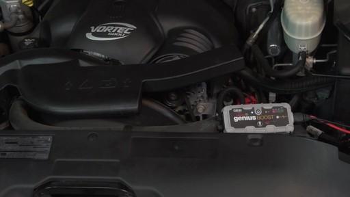 Puissance: Démarreur de batterie NOCO Genius Boost - image 7 from the video