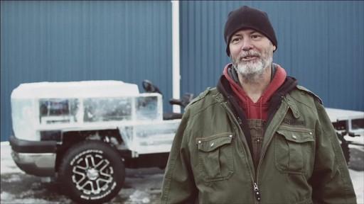 Un documentaire sur la création du camion de glace Canadian Tire (hiver 2013) - image 10 from the video