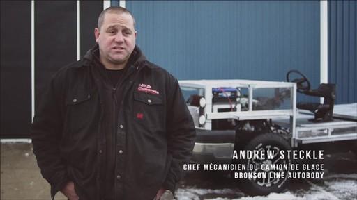 Un documentaire sur la création du camion de glace Canadian Tire (hiver 2013) - image 4 from the video