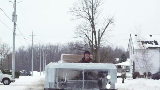 Un documentaire sur la création du camion de glace Canadian Tire (hiver 2013) - image 6 from the video
