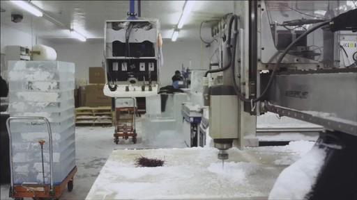Un documentaire sur la création du camion de glace Canadian Tire (hiver 2013) - image 7 from the video