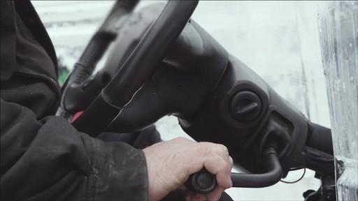 Un documentaire sur la création du camion de glace Canadian Tire (hiver 2013) - image 8 from the video