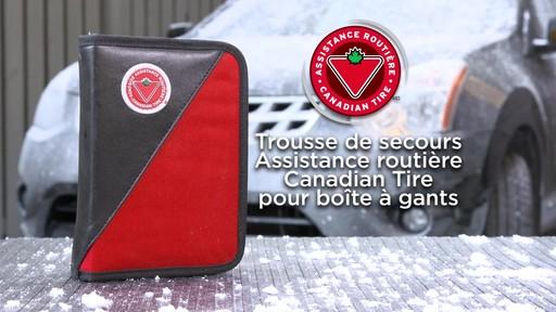 La trousse de secours Assistance routière Canadian Tire pour boîte à gants - image 1 from the video